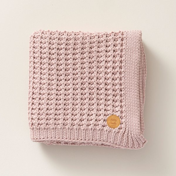 knitted_pink_100x150cm_baby_blanket_petite_amelie