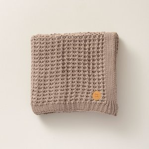 80x100cm_taupe_knitted_baby_blanket_petite_amelie