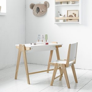 childrens-table-and-chairs-petite-amelie-1