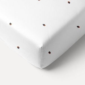 white_acorn_printed_fitted_sheet_60x120cm_petite_amelie