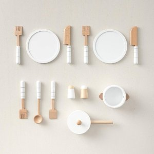 white_wooden_play_toy_dinner_set_petite_amelie