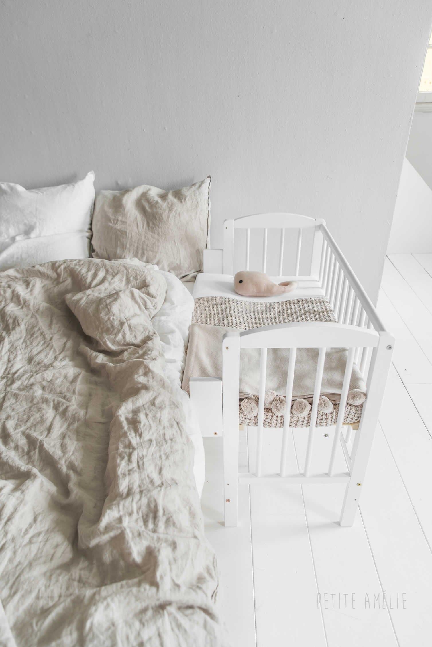 bedside-sleeper-crib