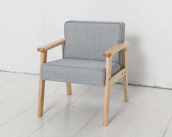 childrens-armchair-blue-colour-petite-amelie-3