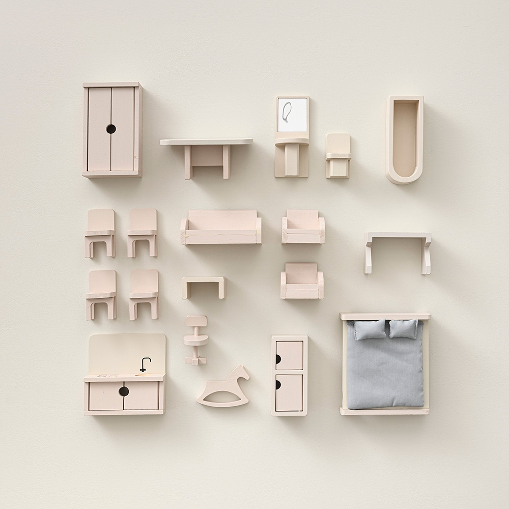 pink and grey 19 piece doll house furniture